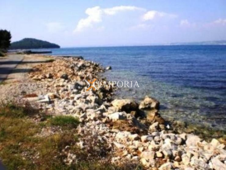 Land L129 – Island Ugljan, Kukljica
