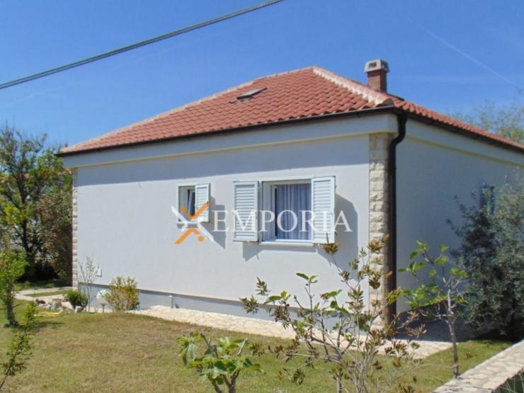 House H305 – Privlaka
