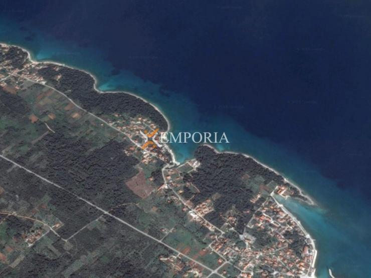 Urbanized land L228 – Island Ugljan, Ugljan