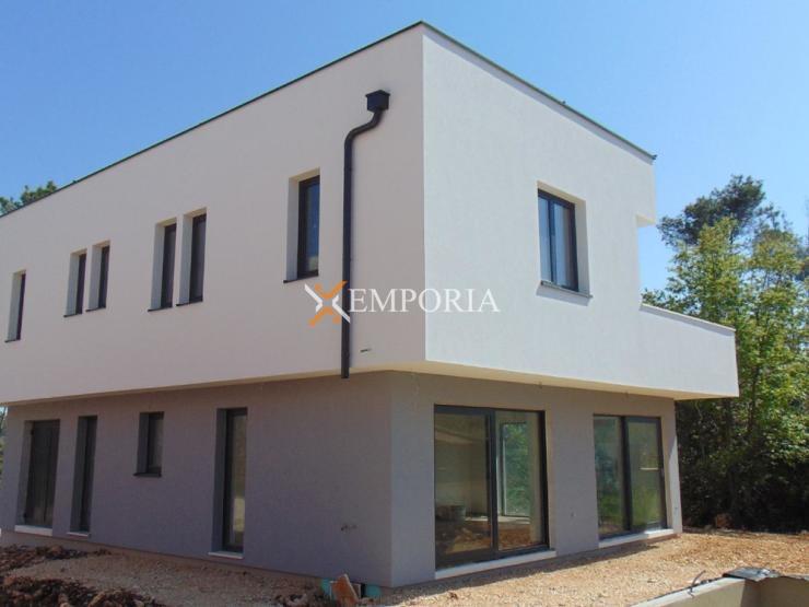 House H379 – Privlaka