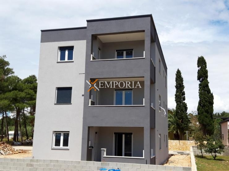 Apartment A459 – Vir