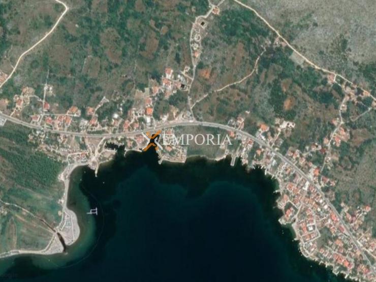 Urbanized land L249 – Starigrad, Seline