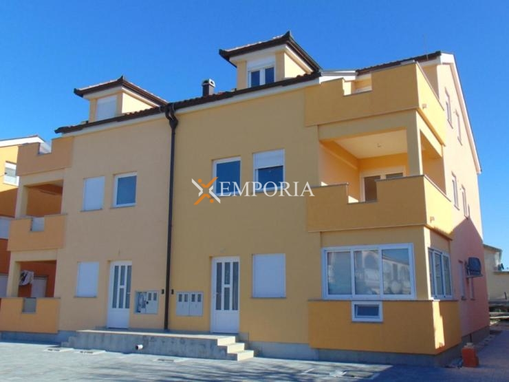 Apartment A515 – Vir