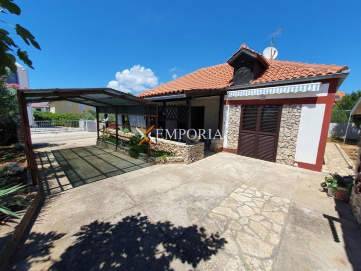 House H442 – Privlaka