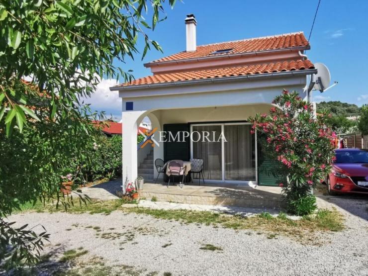 House H443 – Island Pašman, Banj