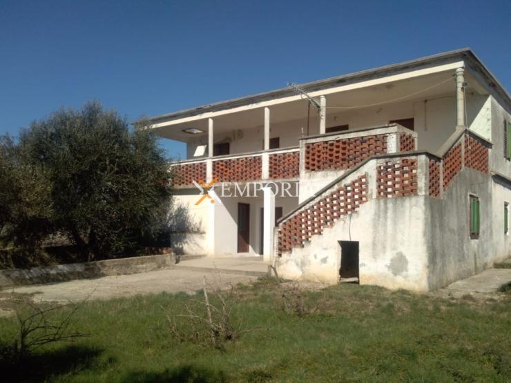 House H447 – Vrsi